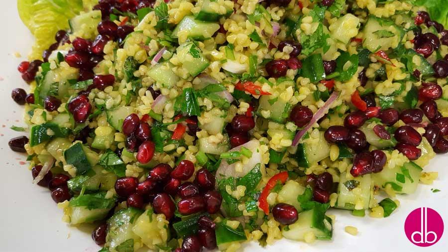 rezept taboul orientalischer salat mit granatapfel deli gesund kochen gesund. Black Bedroom Furniture Sets. Home Design Ideas