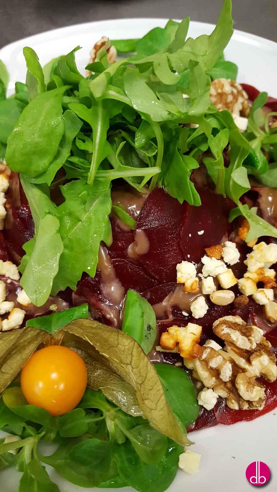 russischer rote bete salat rezepte suchen. Black Bedroom Furniture Sets. Home Design Ideas