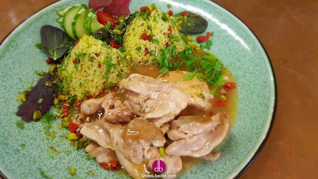Persisches Sabzi-Polo und Zitronenhuhn