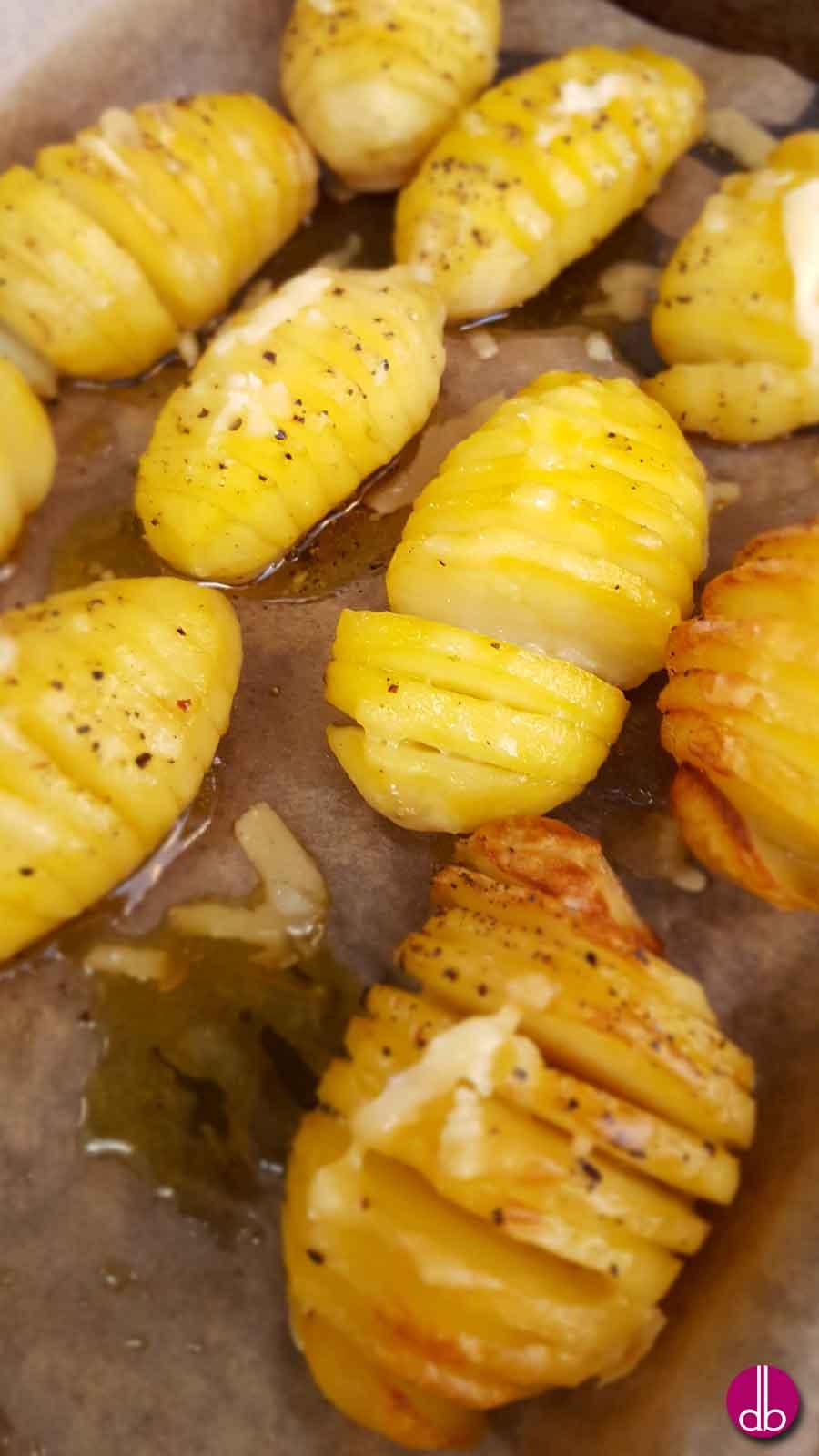 Schwedische Kartoffeln mit Parmesan, Hasselbackspotatis