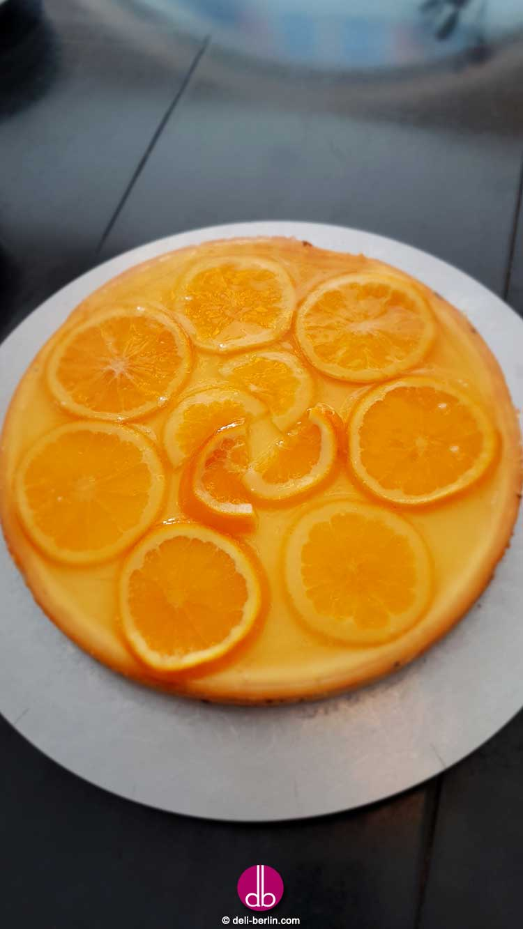 Käsekuchen mit kandierten Orangen
