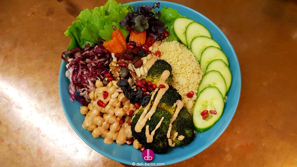 vegan Power-Bowl mit Kichererbsen