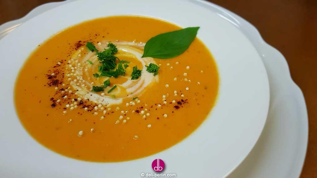 Karottensuppe mit Ingwer und Chili