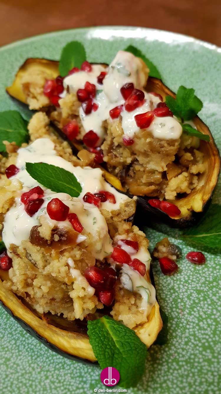 Auberginen mit Dattel-Mandel-Couscous