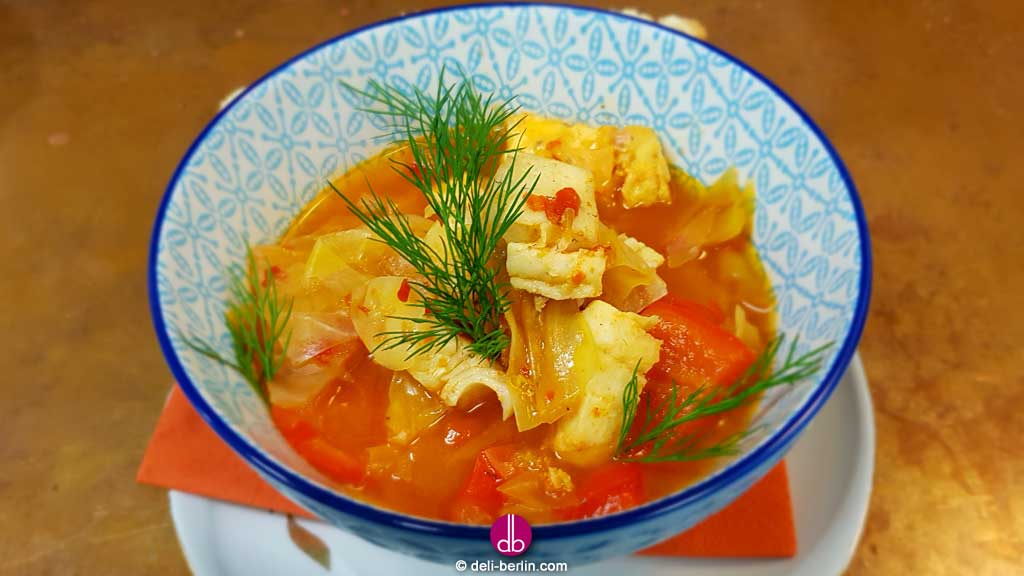 Weißkohl-Paprika-Fischeintopf