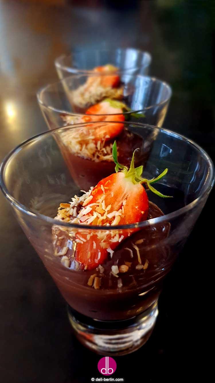 Vegane Mousse au Chocolat aus Seidentofu - lecker & gelingt immer