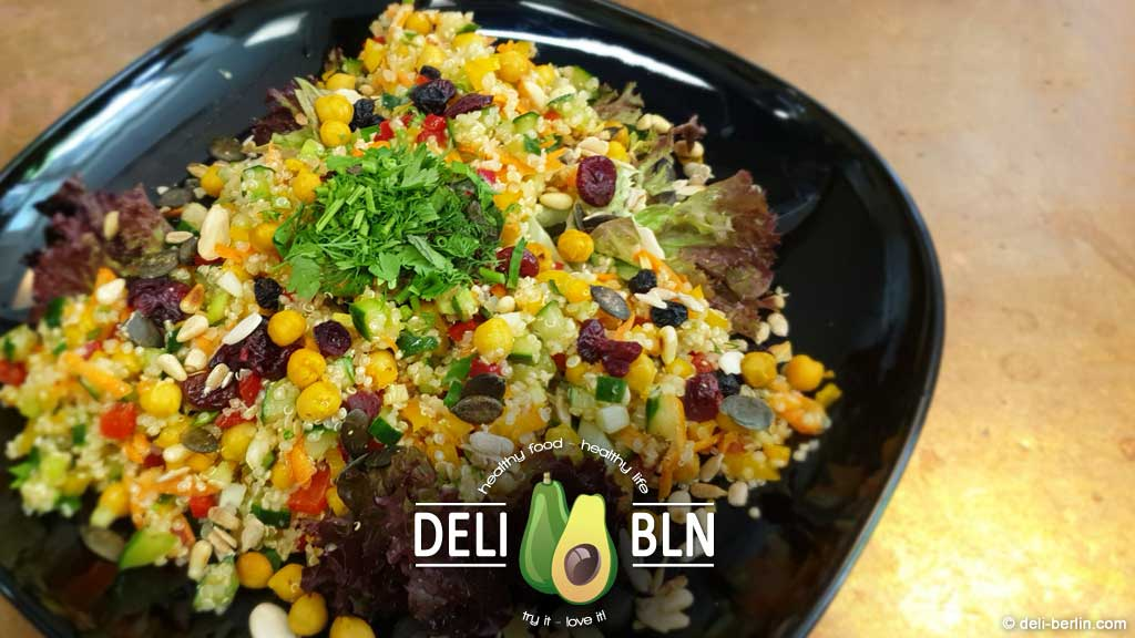 Superfood-Quinoa-Salat - vegan