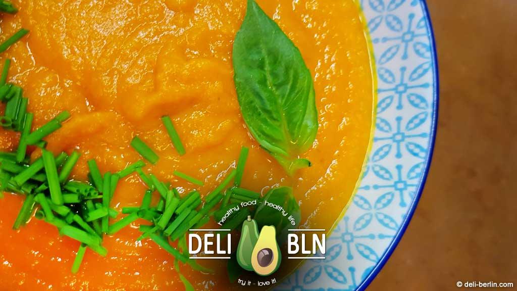 Gesunde Karotten-Ingwer-Suppe - vegan & glutenfrei