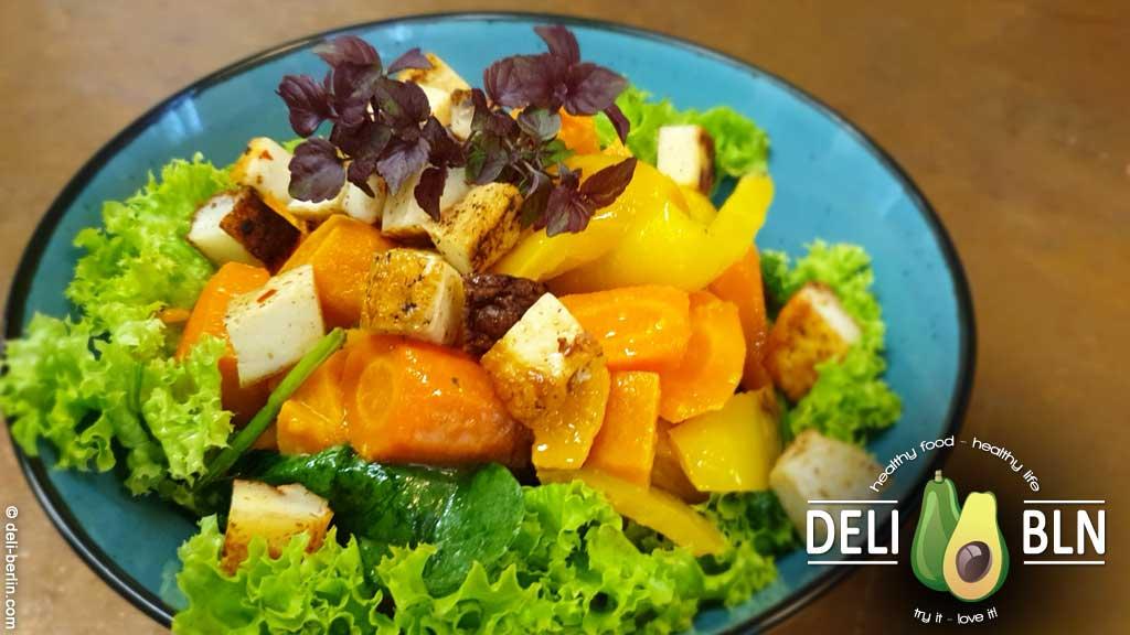 Rezept: Sommersalat mit Süßkartoffeln, Halloumi - vegetarisch/glutenfrei