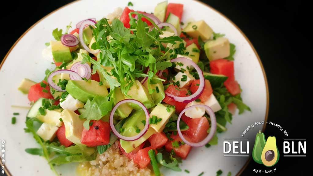 Rezept: Wassermelonen-Avocado-Salat mit Fetakäse - vegetarisch