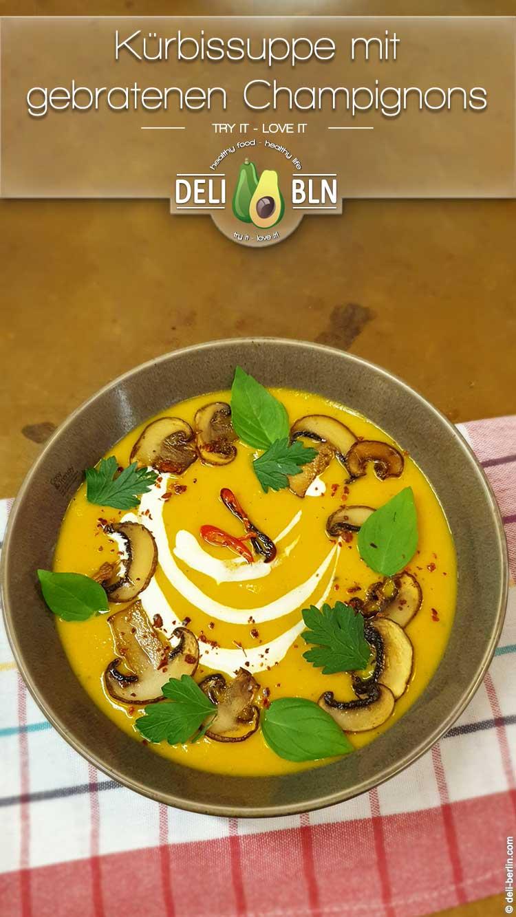 Kürbissuppe mit Curry und Kokos