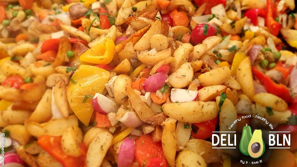 Rezept: Bauernpfanne mit Gemüse und Radieschen - vegan