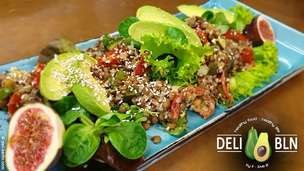 Rezept: Quinoa Linsensalat mit Tomaten - vegan