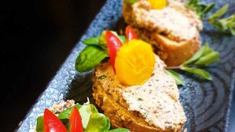 """Rezept: wie """"Leberwurst"""" oder Bohnen-Räuchertofu-Aufstrich - vegan"""