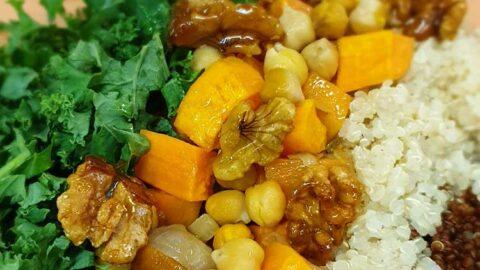 Rezept: Quinoa-Süßkartoffel-Salat mit grünem Tahini - vegan