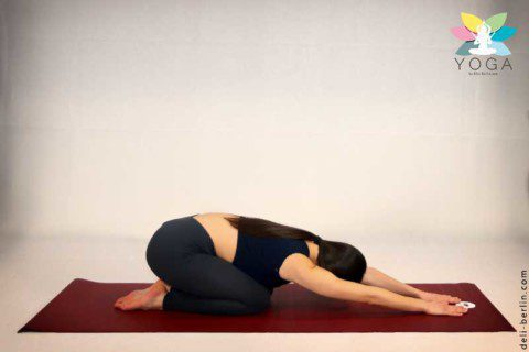 "Yoga Pose: ""Kindspose"" (Balasana)"