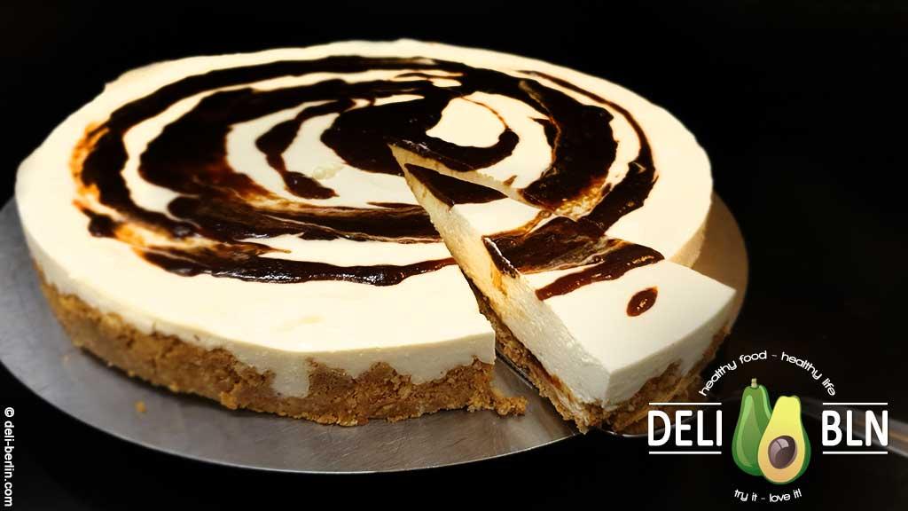 Amaretto-Torte mit herrlichen Marzipan-Aroma - ohne Backen