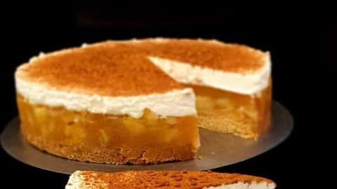 Apfel-Zimt-Sahne-Torte mit Vanille-Pudding