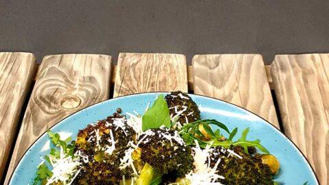 Zitronig gebratener Brokkoli, Rucola & Linsensalat