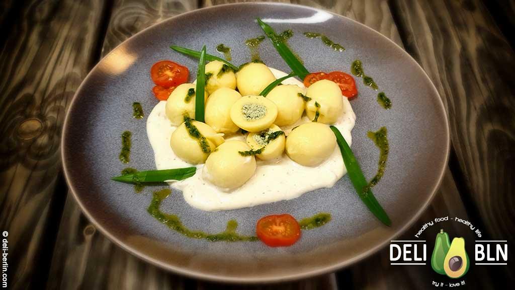 Bärlauch-Gnocchi mit Frischkäse-Sauce